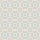 Bunte abstrakte geometrische Gegenstände auf einem nahtlosen Muster des weißen Hintergrundes vector Illustration Lizenzfreie Stockfotos