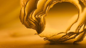 Bunte abstrakte Zusammensetzung mit orange Krepp Stockfoto