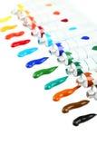 Bunte Acrylfarben in den Rohren auf dem weißen Hintergrund Lizenzfreie Stockfotos