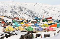 Bunte arktische Häuser Stockbilder