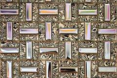 Bunte Backsteinmauerkristallart Stockbild