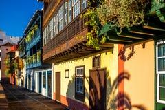 Bunte Balkone in Santa Cruz-Stadt auf La Palma-Insel Lizenzfreie Stockfotografie