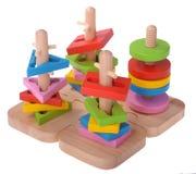 Bunte Blöcke des hölzernen Spielzeugpuzzlespiels Stockfoto