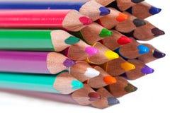 Bunte Bleistiftanordnung stockfotografie