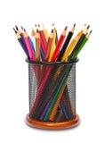 Bunte Bleistifte in der Halterung Stockfotos