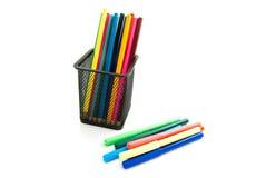 Bunte Bleistifte und Markierungen Stockfoto