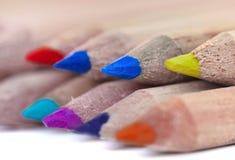 Bunte Bleistiftführungen Stockfotografie