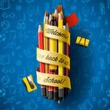 Bunte Bleistiftzeichenstifte mit Text zurück zu Schule auf Band, Vektorillustration Lizenzfreies Stockbild