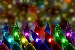 Bunte Blinklichter auf De fokussierten Kreishintergrund mit Kopienraum Lizenzfreies Stockfoto