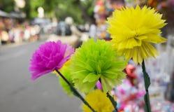 Bunte Blumen gemacht vom Papier der japanischen Art für Verkauf Lizenzfreies Stockfoto