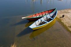 Bunte Boote stockbilder