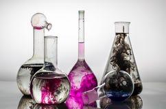 Bunte Chemie Stockfoto
