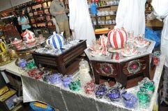 Bunte dekorative Gegenstände an Abu Dhabi International Hunting und an Reiterausstellung 2013 Lizenzfreie Stockbilder
