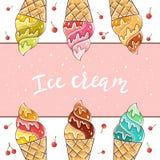 Bunte Eiscreme auf rosa Hintergrund Stockbilder