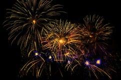 Bunte Feuerwerk-Bildschirmanzeige stockfotos