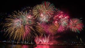 Bunte Feuerwerke in Seoul, Südkorea Lizenzfreie Stockbilder