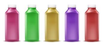 bunte Flaschen für Saft, Farbe, Flüssigkeit Plastikbehälter, Glasgefäß Getrennt auf weißem Hintergrund Stock Abbildung