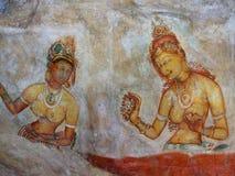 Bunte Freskos auf Sigiriya-Felsen stockfotografie