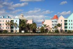 Bunte Gebäude auf Paradies-Insel, Nassau, Bahamas Stockfotos