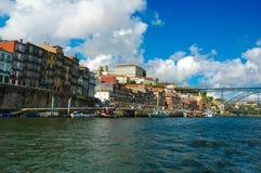 Bunte Gebäude Porto Ribeira, alte Stadt-Ufergegend, Reise Europa, Portugal Stockfoto