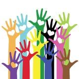 Bunte Hände mit Herzvektorillustration Lizenzfreies Stockbild
