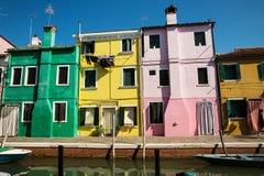 Bunte Häuser in Burano-Insel, Italien lizenzfreies stockfoto
