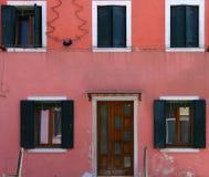 Bunte Häuser in Burano-Insel, Venedig, Italien Lizenzfreies Stockfoto