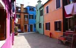 Bunte Häuser in Burano-Insel, Venedig, Italien Stockbilder