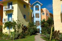 Bunte Häuser in der Dominikanischen Republik Stockfotografie