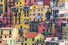 Bunte Häuser in Manarola, Cinque Terre - Italien stockbilder