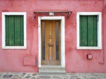 Bunte Häuser von Burano Stockfoto