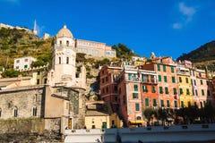 Bunte Häuser von Vernazza, Cinque-terre, Italien Lizenzfreie Stockfotos