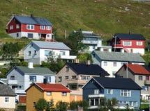 Bunte Häuser - wunderliche Stadt stockbild