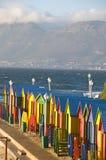 Bunte Hütten auf dem Strand, St James, Cape Town Stockfoto
