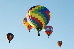 Bunte Heißluftballone Stockfotos