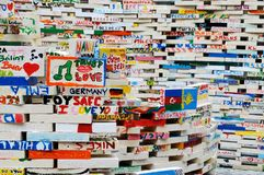 Bunte Installation in der Mitte von Prag Lizenzfreie Stockbilder