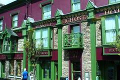 Bunte irische Stangen-Front, Grafschaft Kerry, Irland Lizenzfreie Stockfotos