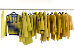 Bunte Kleidung Lizenzfreies Stockfoto