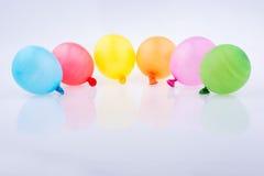 Bunte kleine Ballone Stockfoto