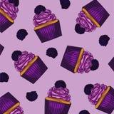 Bunte Kuchen des rosa Hintergrundes mit Brombeeren Stockfoto