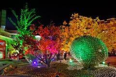 Bunte Leuchten für neues Jahr lizenzfreies stockbild
