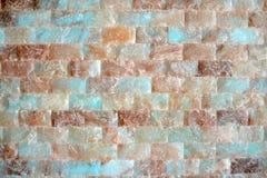 Bunte lichtdurchlässige Backsteinmauerbeschaffenheit Stockfoto