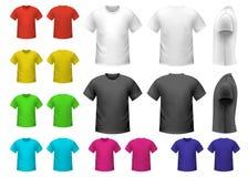 Bunte männliche T-Shirts Lizenzfreie Stockbilder