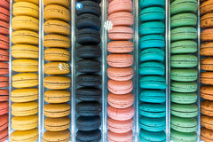 Bunte Makronen Muster und Farben Stockfotografie