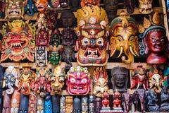 Bunte Masken am Shop in Kathmandu, Nepal Lizenzfreies Stockfoto