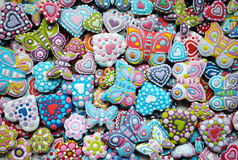 Bunte Mischung von Honey Cookies, Herz, Schmetterling formte Stockfotos