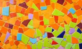 Bunte Mosaikkunst und abstrakter Wandhintergrund. Stockbilder