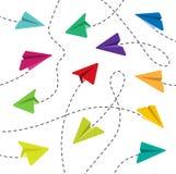 Bunte Papierflugzeuge Stockfotografie