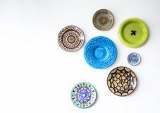 Bunte Platten auf Wand Stockbild
