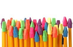 Bunte Radiergummis auf Bleistiften Stockbilder